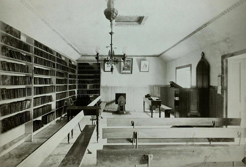 Leadhills library interior
